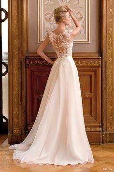 Jillian 2015 Wedding Dresses — Iris Bridal Collection | Wedding Inspirasi. Vestido de noiva com renda e transparência nas costas e saia lisa.