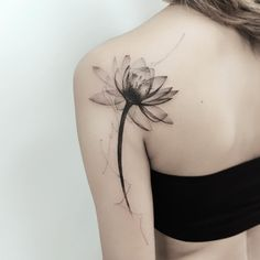 L'image contient peut-être : une personne ou plus Water Lily Tattoos, Rose Tattoos, Body Art Tattoos, Sleeve Tattoos, Black Tattoos, Lily Tattoo Sleeve, Ribbon Tattoos, Skull Tattoos, Tatoos
