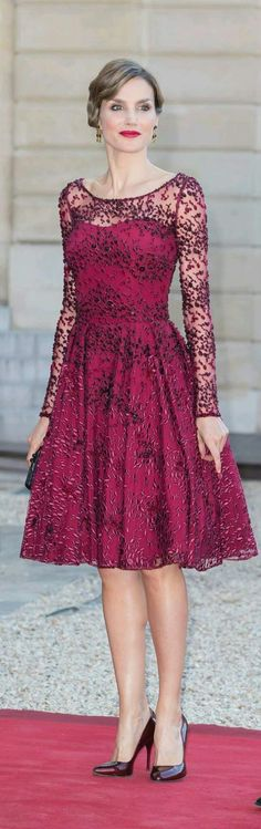 Could you imagine having all of Queen Letizia's beautiful dresses to wear?