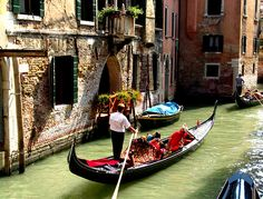Even Gondolas Need Some Love | Other | ITALY Magazine