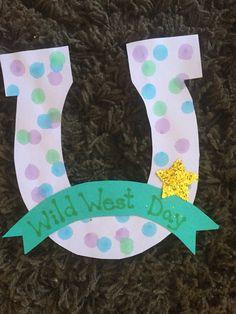 Wild West Day craft - Terrific Preschool Years - New Ideas Rodeo Crafts, Cowboy Crafts, Texas Crafts, Western Crafts, Preschool Arts And Crafts, Vbs Crafts, Daycare Crafts, Camping Crafts, Crafts For Kids
