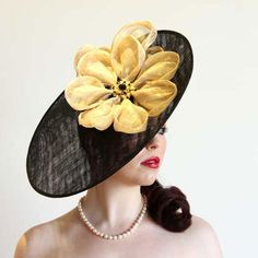 Milliner: Lisa Donovan Lilly Dee Hats is a creative milliner who's pieces exude elegance, style and most importantly, impact! #millinery #hatacademy