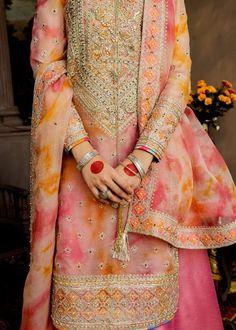 Pakistani Fancy Dresses, Pakistani Fashion Casual, Indian Dresses, Indian Fashion, Stylish Dress Designs, Stylish Dresses, Nice Dresses, Casual Dresses, Patiala Suit Designs