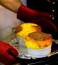 Foolproof & Super-Easy Cheese Souffle ~ http://steamykitchen.com