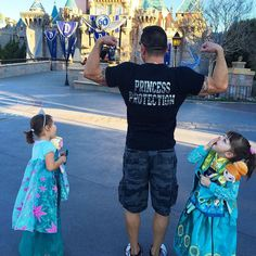 Pretty much sums it up I have the best #swolemate in the world! Don't mess with his princesses'! Only real dads know the names of ALL the princesses and the importance of treating their daughters like one: 1. A princess is defined by 'whose' she is not 'What' she does. She doesn't earn it she is! 2. A princess is beautifulhappy joyful & fun! 3. A princess will one day marry a prince set her expectations high! @abemad.fire.npc @disneyland #princessprotection shirt from @sweetpeasuniquegifts…