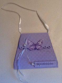 Konfirmasjon, jente Bee Cards, Paper Bags, Card Ideas, Little Girls, Birthday Cards, Feminine, Butterfly, Handbags, Purses
