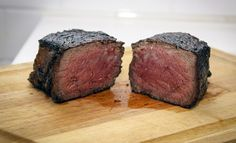 This foolproof reheating method will ensure your leftover steak is just as tender and juicy as when it was first cooked. Leftover Steak Recipes, Meat Recipes, How To Reheat Steak, Steak In Oven, Good Food, Yummy Food, Beef Burgers, Cheap Dinners, Food Hacks