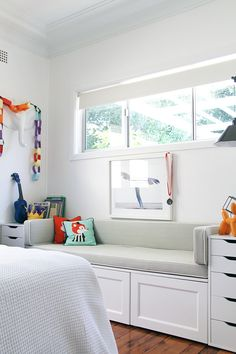 ish and chi: IKEA BENCH SEAT- interior design, decorating and style ideas