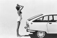 chauffeuse:  Girls & Citroëns.