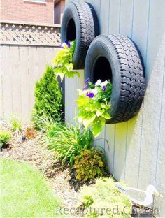 Creative DIY Garden Containers and Planters from Recycled Materials --> Tire Planters Tire Garden, Garden Fencing, Garden Pots, Garden Landscaping, Garden Privacy, Privacy Fences, Pallets Garden, Garden Trellis, Garden Sheds