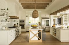 Modern rustic kitchen layout – 40 ideas that will awaken your imagination Source by Home Kitchens, Rustic Kitchen, Kitchen Remodel, Kitchen Design, Kitchen Inspirations, Rustic Modern Kitchen, Kitchen Layout, Dream Kitchens Design, Home Decor