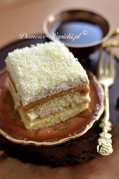 Ciasto jest delikatne i lekkie, proste w przygotowaniu. Jest bogate w różnego rodzaju warstwy: biszkopt, masa budyniowa, herbatniki, masa krówkowa,...