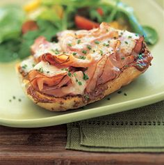Open Face Ham, Cheddar, and Apple Butter Sandwiches - Thinly sliced roast turkey can be used instead of Black Forest ham. Apple Recipes, Fall Recipes, Summer Recipes, Dinner Recipes, Cheddar, Open Faced Sandwich, Grilled Turkey, Great Appetizers, Sandwich Recipes