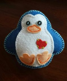 First of the Christmas projects started! Cute felt Penguin...