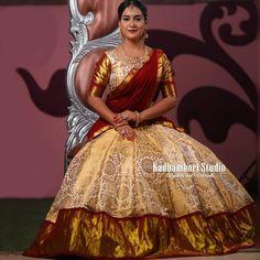 Designer Lehnga Choli, Lehenga Saree Design, Half Saree Lehenga, Lehnga Dress, Lehenga Designs, Frock Dress, Bridal Lehenga, Kerala Saree Blouse Designs, Half Saree Designs