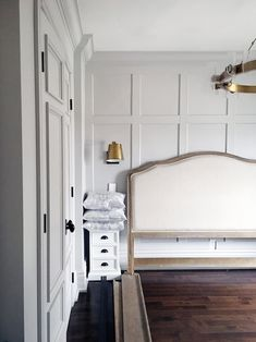 Is Paneling Walls good for Home Improvement? Master Bedroom Interior, Bedroom Wall, Bedroom Decor, Dream Bedroom, Georgian Homes, New Homes, Interior Design, Home Decor, Lounge
