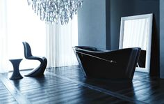 Treesse's gorgeous black bathtub for luxury bathroom / Niña Collection