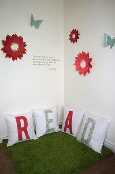 Super cute reading corner for kids, or adults! - Silhouette Blog
