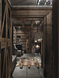 Love the idea of spending the winter in a cozy cabin Chalet Interior, Interior Design, Chalet Design, Mountain Cottage, Interior Minimalista, Kabine, Log Cabin Homes, Cabin Interiors, Cabins And Cottages