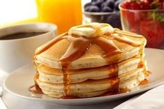 If you like famous restaurant recipes for breakfast, you'll adore this recipe for Copycat IHOP Pancakes. You can now enjoy these, fluffy, creamy pancakes in the comfort of your pajamas. Breakfast Pancakes, Pancakes And Waffles, Breakfast Recipes, Breakfast Ideas, Sunday Breakfast, Sunday Brunch, Pancake Bar, Butter Pancakes, Oatmeal Pancakes