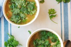 Slow Cooker Chicken and Green Chile Soup