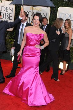 Lauren Graham, Golden Globe Award, Golden Globes, Balenciaga, Girlmore Girls, Mandy Moore, Hollywood Glamour, Celebrity Crush, Pink Dress