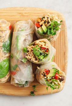Avocado & Peanut Noodle Spring Rolls #avocado #veggie #springrolls