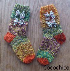 歩けるようになった女の子のための手編みくつしたです。|ハンドメイド、手作り、手仕事品の通販・販売・購入ならCreema。