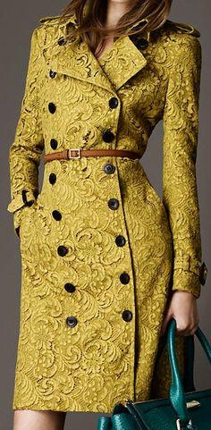 Trenchcoat aus Baumwollsatin Trenchfarben