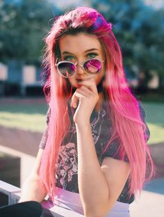 Read emo quote from the story Emo Quotes by (Miles) with 129 reads. Forget me Am worthlessAm uselessAm . Hair Inspo, Hair Inspiration, Pretty People, Beautiful People, Lgbt, Jessie Paege, Queen, Pink Hair, Girl Crushes