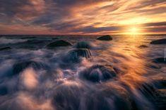 Zachód słońca, Morze, Fale, Skały, Kamienie