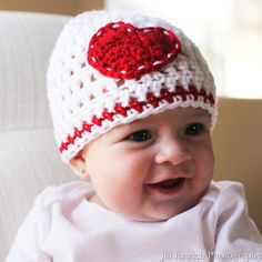 Melondipity Girls I Heart You Crochet Baby Beanie Hat - Handmade White Knit With Red - Sizes: Newborn, and - Infant to Toddler Crochet Baby Beanie, Baby Beanie Hats, Baby Sun Hat, Baby Girl Hats, Girl With Hat, Crochet Hats, Crochet Outfits, Baby Girls, Cute Crochet