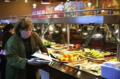 Want to really appreciate your food? A higher price may do the trick  If you could get a $5 lunch for $1, would it taste better? Be a more satisfying lunch? If you chose the bargain, guess again. Price affects consumer satisfaction, and getting a deal doesn't necessarily make diners like their food better, according to researchers at Cornell University who...  http://www.latimes.com/science/sciencenow/la-sci-sn-food-prices-satisfaction-20140506-story.html