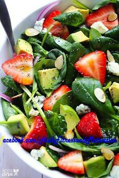 Avocado, Strawberry Spinach salad ... who said strawberries were for dessert?! #celebritybod #health