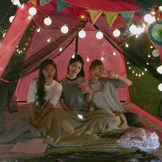 Kim Hana Yeo Boram Do Hana A-teen webdrama Ulzzang Couple, Ulzzang Girl, Teen Web, Teen Images, Korean Best Friends, Web Drama, Girl Friendship, Friends Moments, Korean Couple