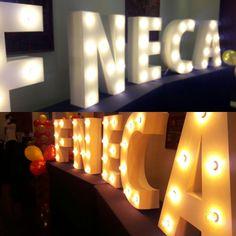 Quieres tus iniciales en tu boda, letras con iluminación, todas las letras para tu boda