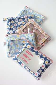 Id Wallet, Patchwork Patterns, Handicraft, Sewing Crafts, Diy And Crafts, Card Holder, Pouch, Gift Wrapping, Crafty