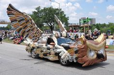 Wild and Wacky Cars of the Annual Houston Art Car Parade / http://sodapic.com