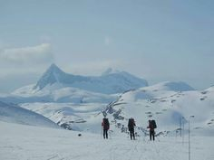 Beautiful scenery in Hemsedal Norway Beautiful Norway, Beautiful Scenery, Cross Country Skiing, Lofoten, Mount Everest, Places To Go, Colorado, Mountains, Water