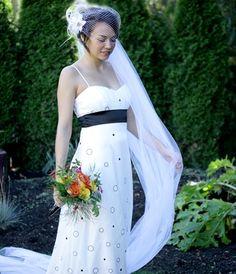 vrai birdcage bridal veil   OneWed.com