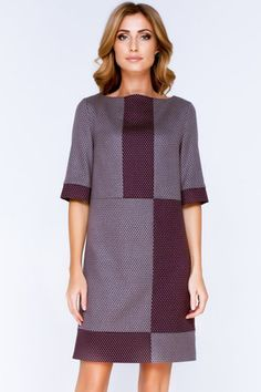 Olga Skazkina — российская марка, получившая признание в кругу почитательниц изысканного стиля. При пошиве изделий используются ткани только наилучшего качества. Качество одежды так же на очень высоком уровне, все изделия отшиваются на российской фабрике.