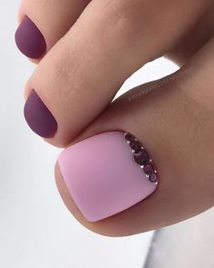 Installation of acrylic or gel nails - My Nails Pretty Toe Nails, Cute Toe Nails, Pretty Toes, Gel Toe Nails, Pink Toe Nails, Fancy Nails, Acrylic Nails, Pedicure Designs, Manicure E Pedicure