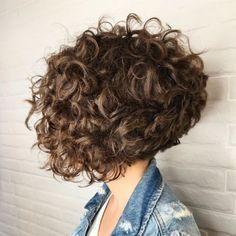 Long Curly Bob, Curly Angled Bobs, Short Wavy Haircuts, Bob Haircut Curly, Short Curly Hairstyles For Women, Wavy Bob Hairstyles, Haircuts For Curly Hair, Curly Hair Cuts, Short Hair Cuts