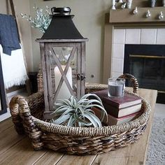 Ideas Natural Wood Table Diy Center Pieces For 2019 Coffee Table Centerpieces, Decorating Coffee Tables, Decorating With Lanterns, Succulent Centerpieces, Salons Cottage, Natural Wood Table, Coffee Table Styling, Coffee Table Tray Decor, Living Room Ideas