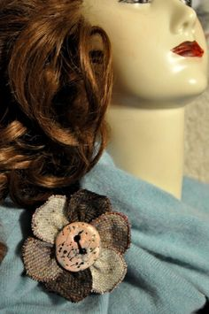 nude pink corsage brooch pin wool tweed pink black scarf cape pashmina OOAK xl Corsage, Wool Cape, Xl, Handmade Christmas Gifts, Costume Jewelry, Tweed, Shawl, Hand Weaving, Irish