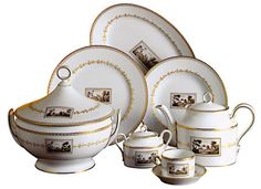Richard Ginori 1735 Collection - my mother-in-law had some of these pieces...so beautiful!