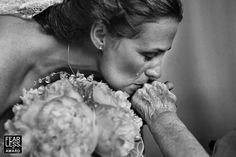25 Wedding Images That Are More Than Just A Bunch Of Pretty Pictures | HuffPost