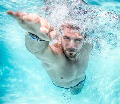 Nadar no sólo ayuda a los ya diagnosticados con diabetes, sino que también en su prevención. Es bien sabido que la inactividad general es una causa primaria de la diabetes tipo II y muy negativa tanto para diabetes tipo 1 como la 2. Por otra parte, la natación proporciona enormes beneficios mentales al proporcionar relajación y estimular una actitud positiva frente a la enfermedad.