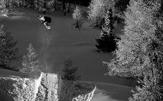 Snowboard-Photo-Levi-Luggen_Simplon-by-Silvano-Zeiter
