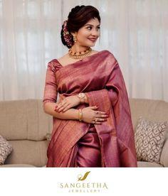 Indian Bridal Outfits, Indian Bridal Fashion, Indian Wedding Outfits, Dress Indian Style, Indian Dresses, Christian Bridal Saree, Christian Weddings, Silk Saree Blouse Designs, Silk Sarees